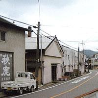 http://www.sekkodo.co.jp/sake/modules/xpwiki/image/gaikan_kuramoto/akishika.jpg